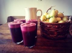 Reggeli cékla-alma juice a kertből